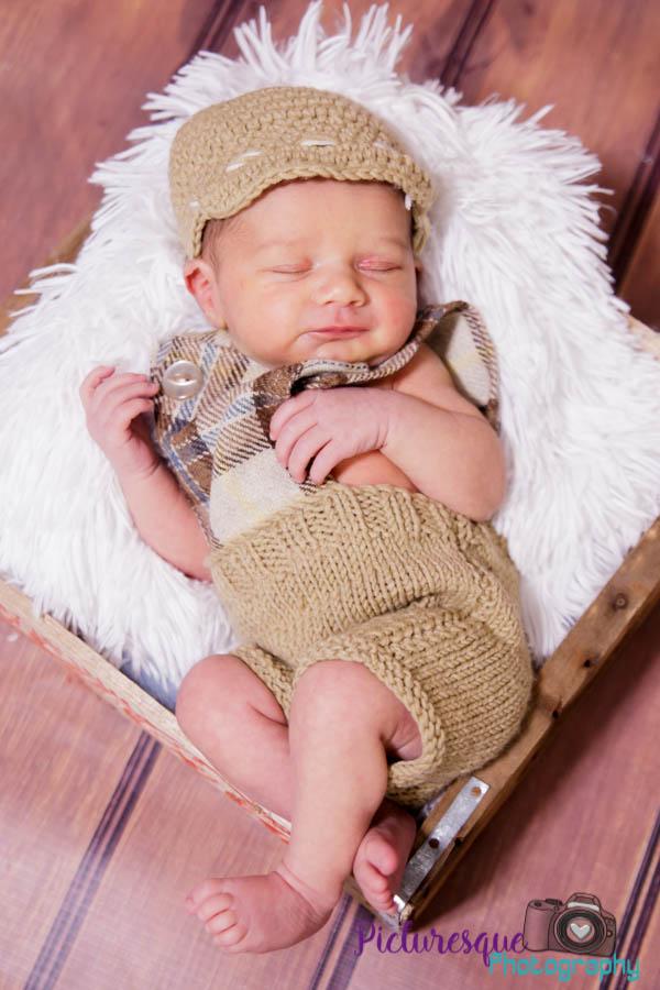 liam newborn shoot